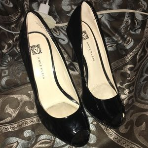 Anne Klein Black Open Toe Heels 6 Worn Once